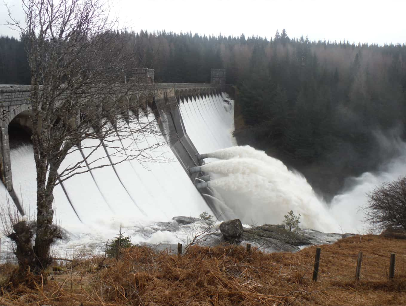 Alcan Small Hydro Resource Review